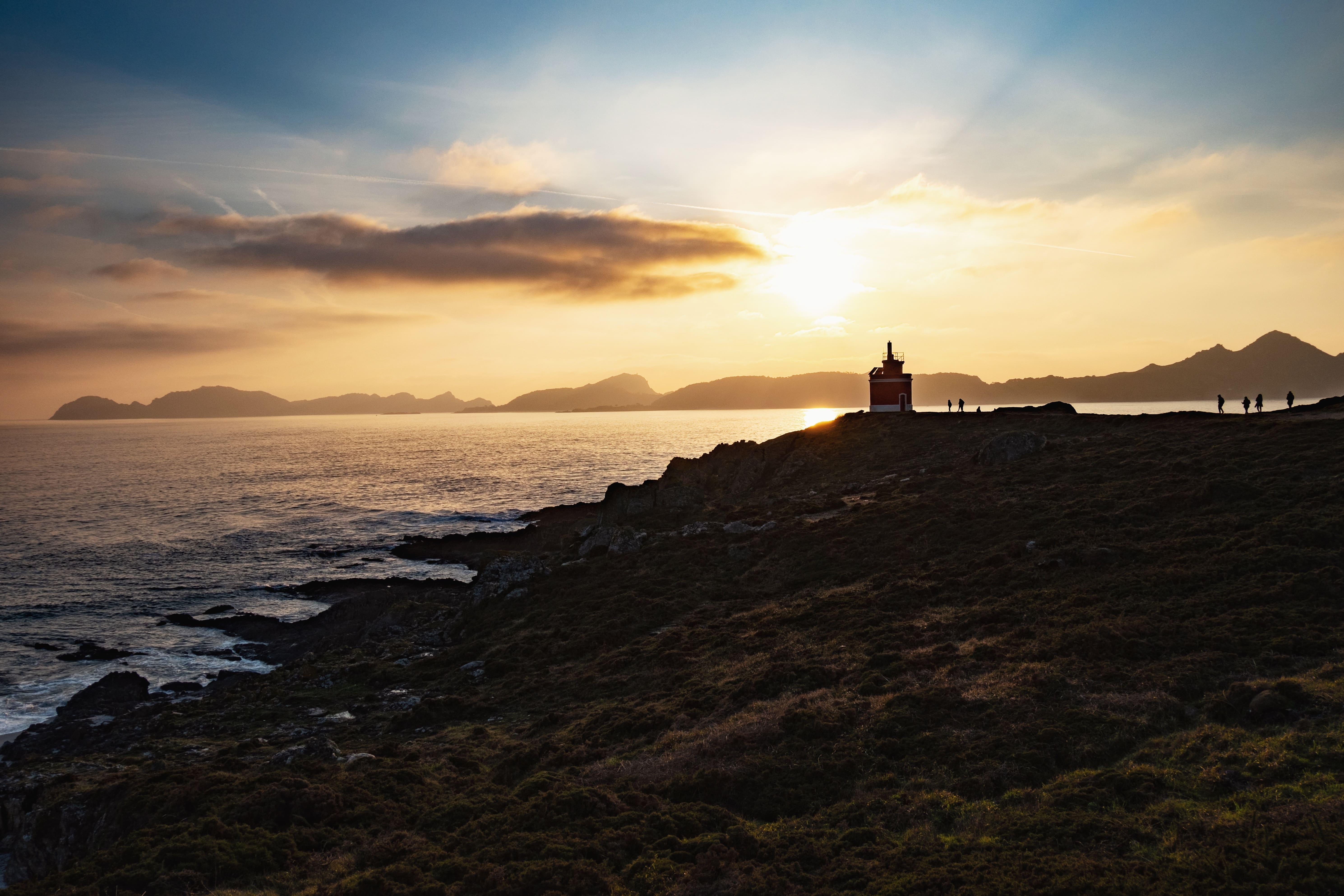 Que ver en la costa de galicia. Imagen puesta de sol